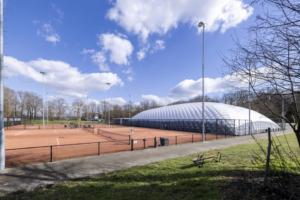 tennis luchthal blaashal